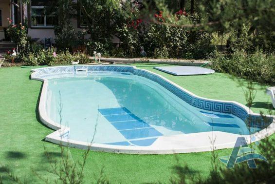 фото бассейн из стекловолокна